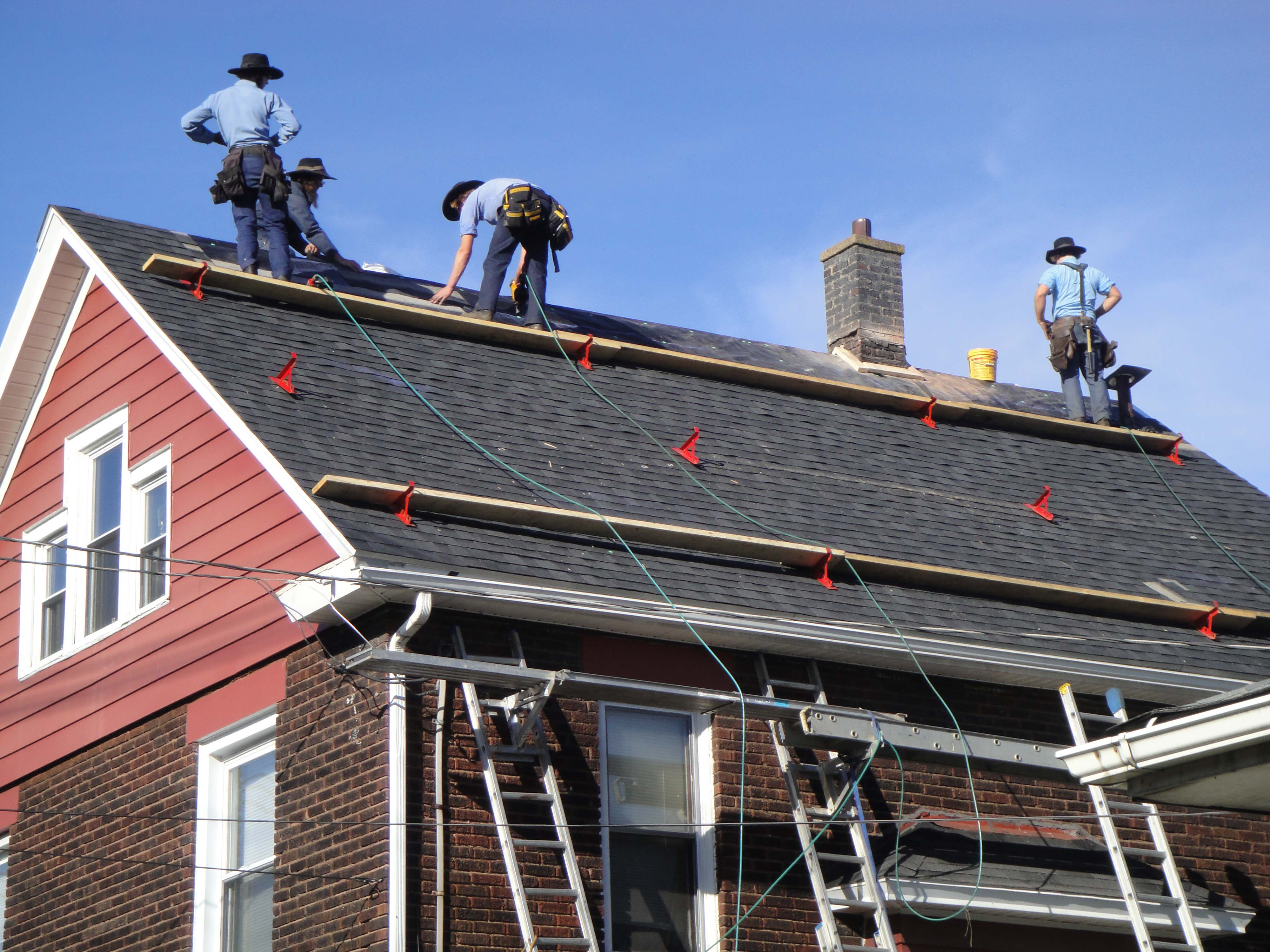 EXPERT ROOFING LABOR
